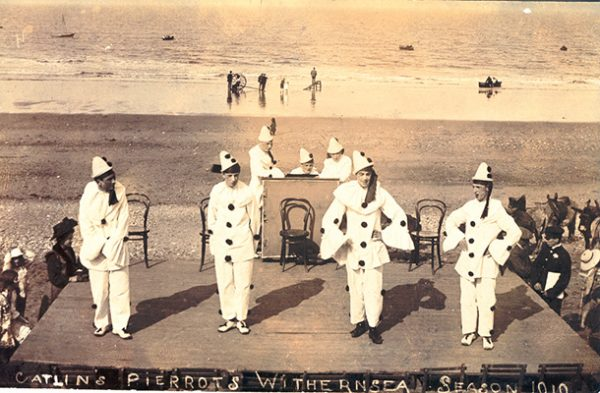 Catlin's troupe Withernsea 1910