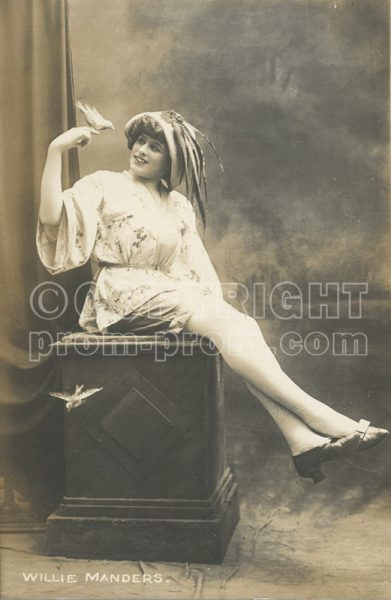 Willie Manders, 1912, with bird