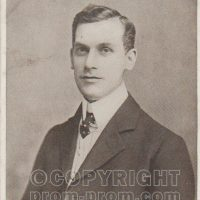 Eric Charlswood, Will Leslie's White Coon Entertainers, Mumbles Pier 1900-1910. *The name of this group uses a racist name. This is our statement about the use of racist terms and the use of blackface in this archive. https://seasidefollies.co.uk/blackface-performance/