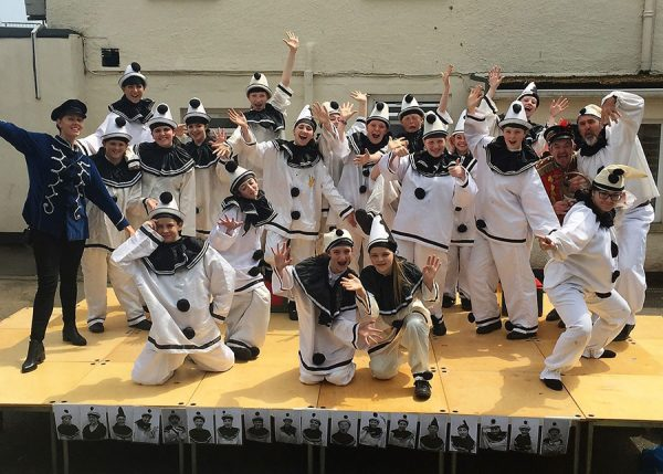 The-whole-Poppies-company-at-Teignmouth-Community-School