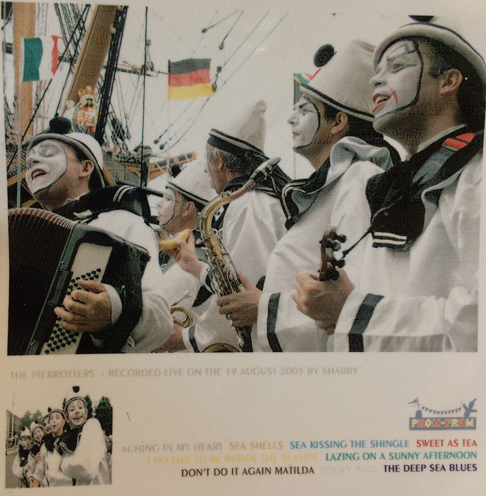 The-Pierrotters-Live-2005-CD-cover