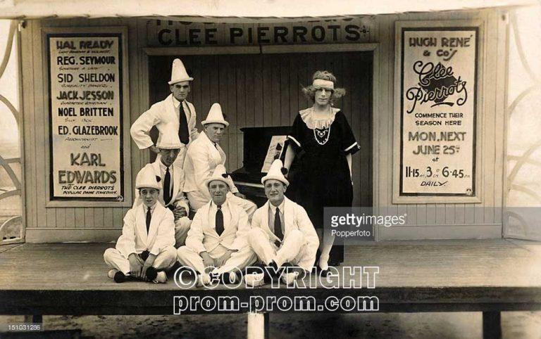 Clee Pierrots 1910 (Getty Archive)