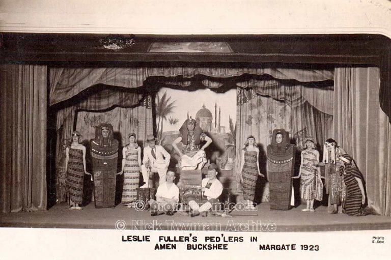 P_E_122_Leslie_Fuller's_Pedlers_1923_(1)