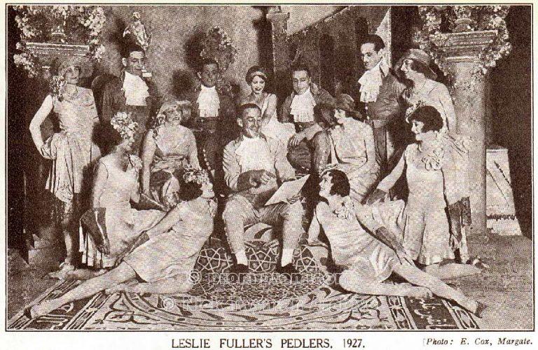 P_E_122_Leslie_Fuller's_Pedlers_1923_(3)