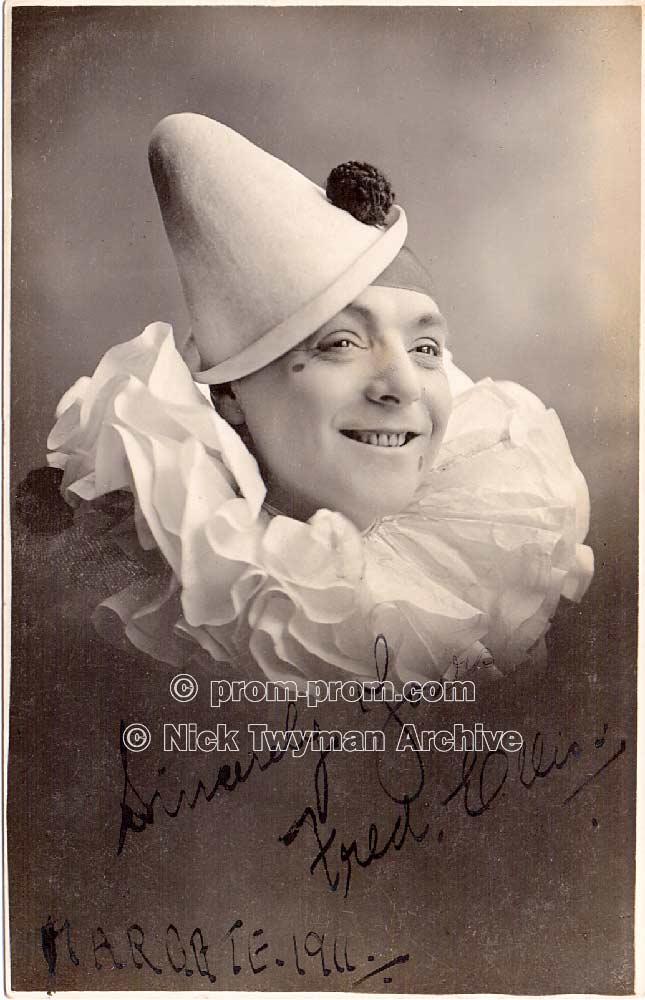 P_E_122_Leslie_Fuller's_Pedlers_1923_(7)
