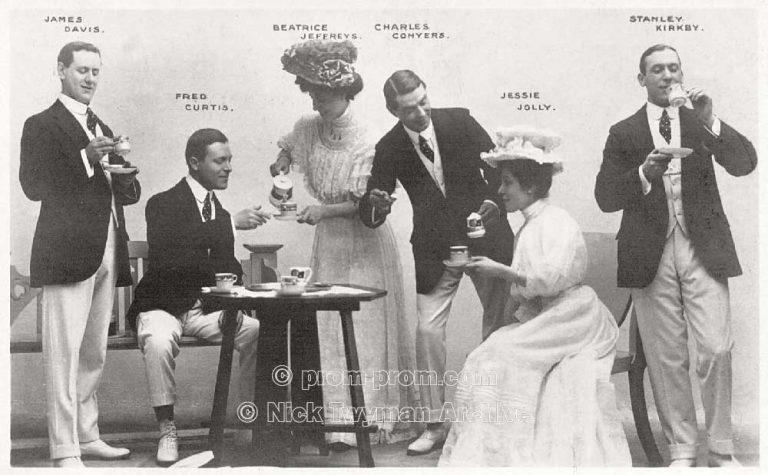 P_E_31_Gold_s_Margate_Pierrots_1905_(7)