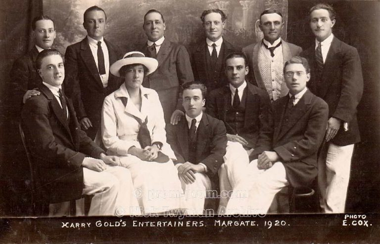 P_E_60_Harry_Gold's_Entertainers_1921_(2)