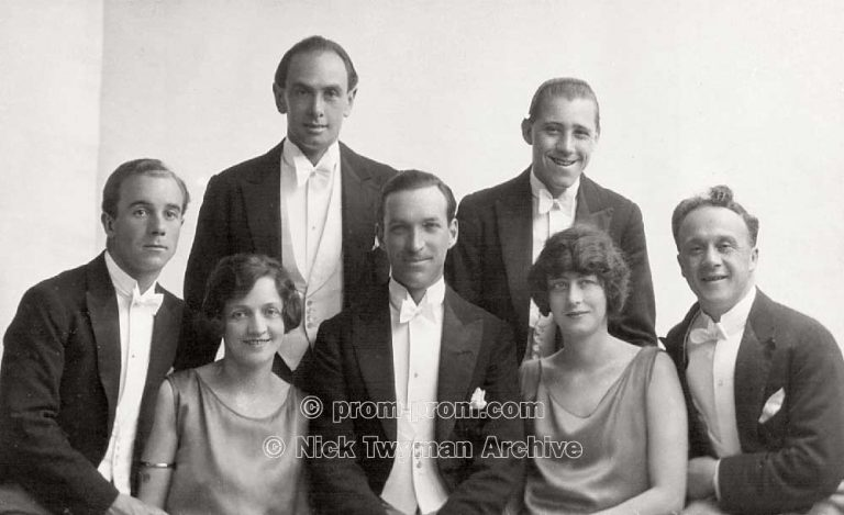 P_E_63_Harry_Gold's_Entertainers_1923_(6)