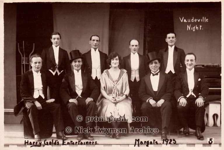 P_E_69_Harry_Gold's_Entertainers_1926_(6)