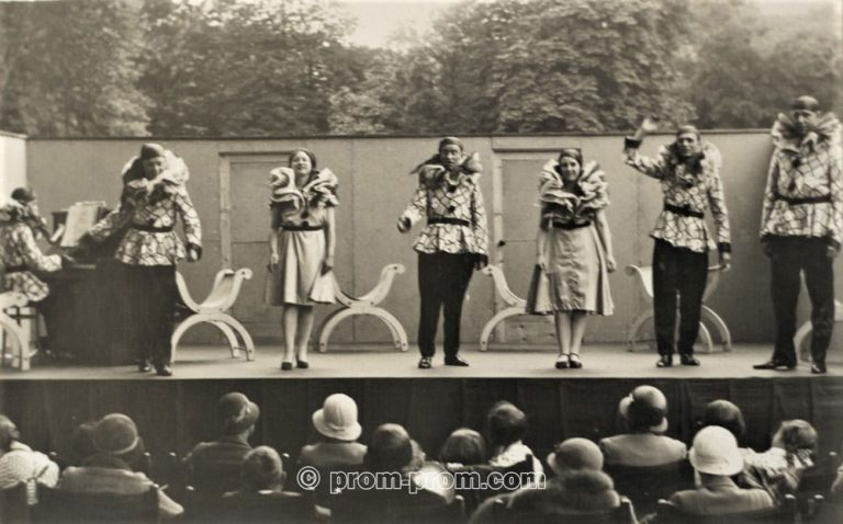 The Revellers Concert Party Harrogate 1933