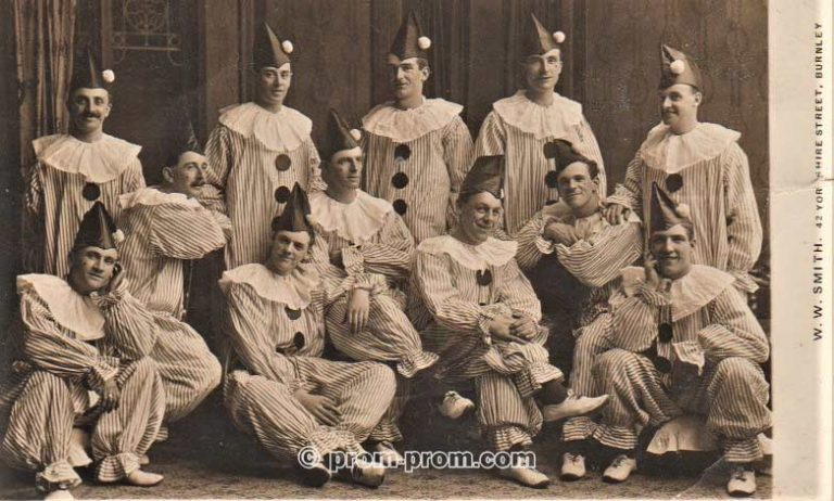 'The Shrapnel Boys', Primrose Bank Military Hospital, Wounded Soldiers Pierrot troupe, Burnley 1917