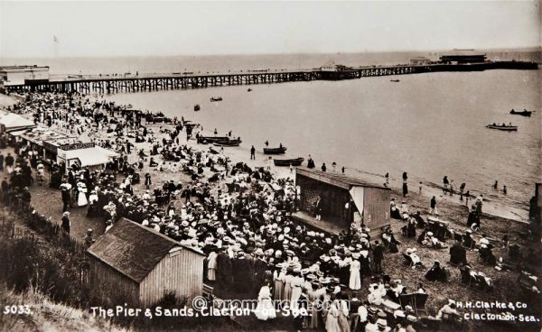 The pier & sands Clacton