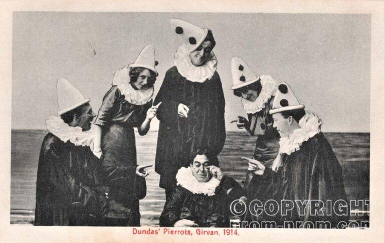 Dundas' Pierrots, Girvan, 1914