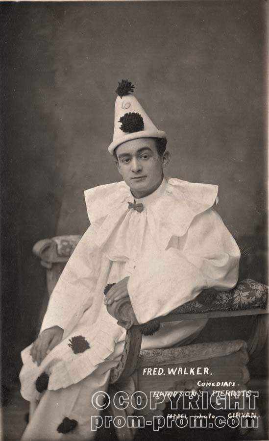 Fred Walker, Hampson's Pierrots, Girvan