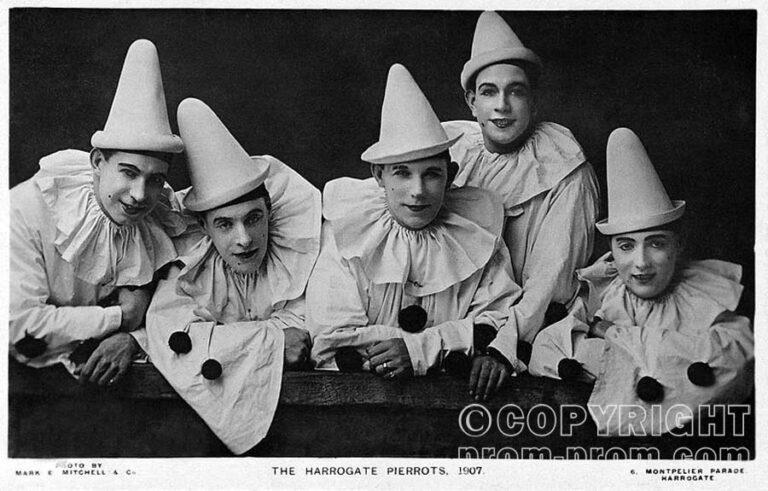 Harrogate_Pierrots_Yorkshire_England_1907