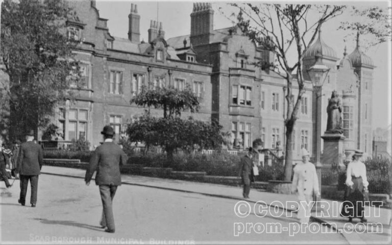 Pierrot by the Town Hall, Scarborough circa 1903 or 1904
