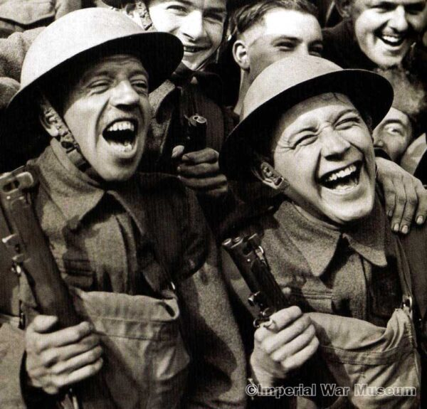 Tommies laughing at ENSA show 1 - IWM